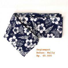 Square scarf  Fabric/Bahan : Kelly  IDR 65.000 Size : 115 cm x 115 cm