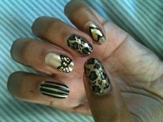 NOTD: Betsey Johnson-inspired nails