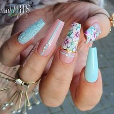Blue Coffin Nails With Flowers ❤ Magnificent Coffin Nails Designs You Must Try ❤ See more ideas Blue Coffin Nails, Bling Acrylic Nails, Best Acrylic Nails, Bling Nails, Swag Nails, Summer Acrylic Nails, Pastel Nails, Grunge Nails, Summer Nails