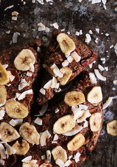 bits&pieces: WEEKLY BITES - BANANA BREAD CAKE