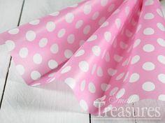 Seidenpapier in rosa mit Punkten.  Das zarte Papier ist prima geeignet zum Basteln und Verpacken.  ♥ Lieferumfang: 10 Bögen ♥ Format: 50x70cm ...