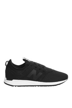 **247 Trainers by New Balance