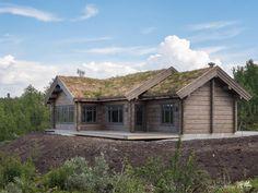 Nyoppført lekker hytte med flott og attraktiv beliggenhet.   FINN.no Modern Kitchen Design, Log Homes, Real Estate, Exterior, House Design, Interior Design, Architecture, House Styles, Mountain