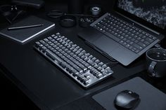 The Razer BlackWidow Lite is a keyboard for working professionals - Read News Computer Keyboard, Gaming Magazines, Mens Gadgets, Digital Trends, Read News, Black Widow, Consumer Electronics, Computers, Vestidos