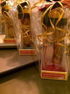 Presents! 3 Wherever Water Lemon flessen ingepakt, ook dat hoort bij de service van fullcirclehome.nl