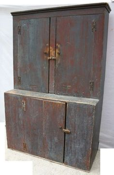 18th C CT stepback cupboard in old (ca 1820) blue paint