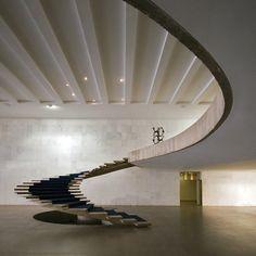 Architect: Oscar Niemeyer 1962