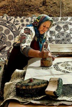 Hand block printing in Ukraine