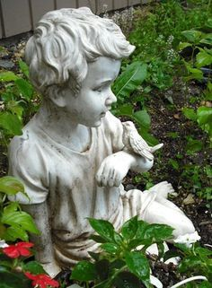 Garden Statues That Will Attract Wildlife To Your Yard