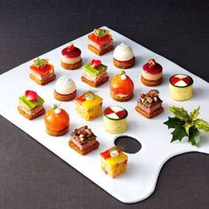 Cold Appetizers, Appetizers For Party, Canapes Recipes, Western Food, Party Finger Foods, Food Platters, Cold Meals, Mini Foods, Molecular Gastronomy