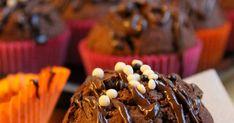 Kyselin hyvien suklaamuffinssien ohjetta aiemmassa postauksessa. Niitä sainkin muutamia ja yhtä ohjetta päätin kokeilla, jonka Kakkutai...