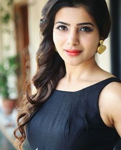 Samantha Ruth Prabhu is Indian Actress and Model. Samantha most popular and highest paid actress in South India. Beautiful Girl Indian, Beautiful Indian Actress, Beautiful Actresses, Prettiest Actresses, Simply Beautiful, Samantha Images, Samantha Ruth, Men's Fashion, Fashion Week