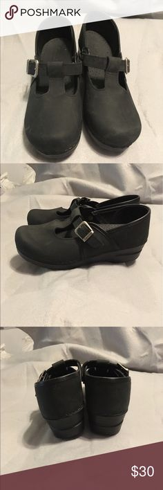 Size 8/38 Sanita leather clogs Size 8/38 Sanita clogs, light black nubuck leather, t-strap detailing with adjustable buckles, barely worn, soles are pristine, excellent condition and gently used. Dansko Shoes