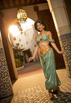 http://disneyparks.disney.go.com/blog/galleries/2015/11/photo-gallery-jasmine-princess-of-agrabah/