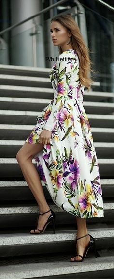 Summer Dresses, Formal Dresses, Nice Dresses, Floral Fashion, Mode Outfits, Beautiful Legs, Street Chic, Flower Power, Stylish