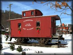train caboose   ... and Port Allegany Railroad caboose   Flickr - Photo Sharing