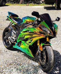 Yamaha R6, Diavel Ducati, Yamaha Bikes, Triumph Motorcycles, Cool Motorcycles, Vintage Motorcycles, Futuristic Motorcycle, Futuristic Cars, Motorcycle Bike