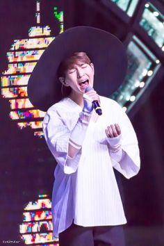 #SHINee #Onew #LeeJinki