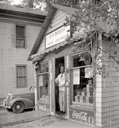 grocery 1940 - Click image to find more History Pinterest pins