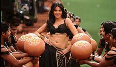Shruthi Hassan hot@navel treat