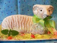 Jednoduchý beránek Lamb Cake, Easter Lamb, Czech Recipes, Dinosaur Stuffed Animal, Food And Drink, Christmas, Animals, Czech Food, Baking