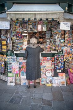 Newspaper Kiosk, Venice, Italy...yep this is what they look like
