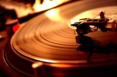 turntable - Embrace luscious living with LUSCIOUS.jpg