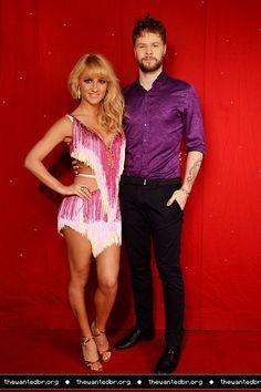 Jay e @AlionaVilani na coletiva de imprensa da turnê do Strictly em Birmingham, na Inglaterra (21 jan.)