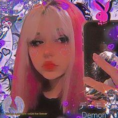 Goth Aesthetic, Bad Girl Aesthetic, Aesthetic Makeup, Edgy Makeup, Cute Makeup, Tumbrl Girls, Alternative Makeup, Hair Streaks, Dye My Hair