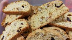 The Best Almond Biscotti Recipe - Genius Kitchen Best Almond Biscotti Recipe, Italian Biscotti Recipe, Povitica Recipe, Butterscotch Chips, Italian Cookies, Dark Chocolate Chips, Italian Recipes, Cookie Recipes, Bread Recipes