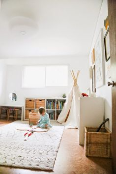 A CUP OF JO: California house tour - love this kid's bedroom