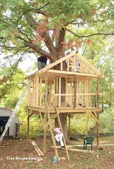 best of tree house plans for kids and kids plans home design free and fresh of t. best of tree house plans for kids and kids plans home design free and fresh of tree houses play fro Beautiful Tree Houses, Beautiful Home Gardens, Cool Tree Houses, Backyard Treehouse, Building A Treehouse, House Building, House Ladder, Simple Tree House, Tree House Plans