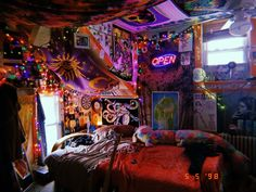Hippy Room 817051557386895489 - hippie room decor trippy room – Each of us has different needs and material possi … Source by romainemedhurstwo Cute Room Ideas, Cute Room Decor, Hippie Bedroom Decor, Hippie Bedrooms, Bohemian Style Bedrooms, Hippie House Decor, Bohemian Homes, Hipster Room Decor, Bohemian Decor