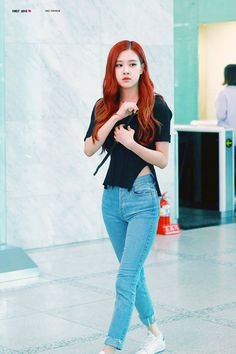 Image about rose in Kpop fashion by 💜 on We Heart It Blackpink Fashion, Korean Fashion, Fashion Outfits, Forever Young, Rose Bonbon, Black Pink Kpop, Kim Jisoo, Jennie Lisa, Blackpink Photos