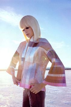 Futuristic blonde ~ inspired by Batiste Light & Blonde Dry Shampoo ~