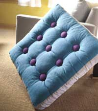 not crazy about the fabric choice in this pic but I have been looking for DIY instructions for floor cushions
