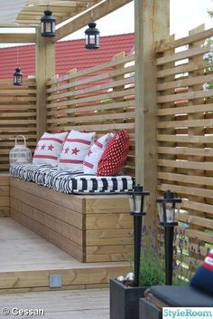 garden seating Ob Balkon oder Garten D - Decor, Privacy Screen Outdoor, Interior, Garden Seating, Beautiful Patios, Home Decor, Modern Landscaping, Fence Design