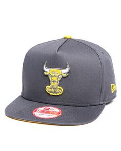 New Era   Chicago Bulls Flip Up Offical Snapback Hat (A-Frame W/ Undervisor Treatment)