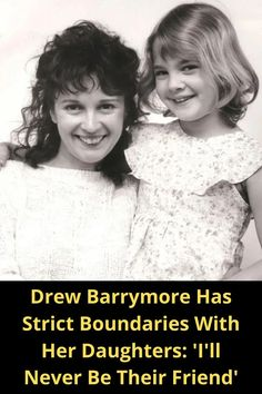 Drew Barrymore is a friend to many in Hollywood: Cameron Diaz, Reese Witherspoon, and Adam Sandler. Trendy Mens Fashion, Suit Fashion, Outfits With Hats, Simple Outfits, Medium Hair Styles, Curly Hair Styles, Holographic Jacket, Girl Shoulder Tattoos, Neck Tattoo For Guys