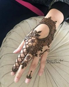 Henna Henna Tattoo Designs Arm, Mehndi Designs Finger, Finger Henna Designs, Henna Tattoo Hand, Mehndi Designs For Girls, Mehndi Designs 2018, Mehndi Designs For Beginners, Mehndi Designs For Fingers, Wedding Mehndi Designs