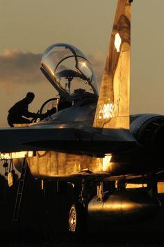 Shindembaru base aviation festival. F-15DJ. Flight edification corps. Exhibition flight. Early morning.