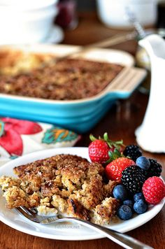 Creme Brulee Baked Oatmeal recipe at @Cheryl Sousan   Tidymom.net- This would be perfect on a cold winter morning!