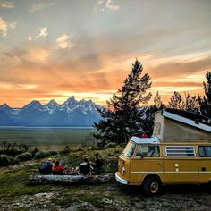 "951 Likes, 14 Comments - #VanLifeMovement (@vanlifemovement) on Instagram: ""Photo by: @greenesgetlost #vanlifemovement"""