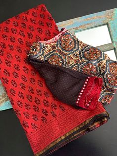Choli Blouse Design, Saree Blouse Neck Designs, Simple Blouse Designs, Stylish Blouse Design, Saree Trends, Designer Blouse Patterns, Siri, Sarees, Ethnic