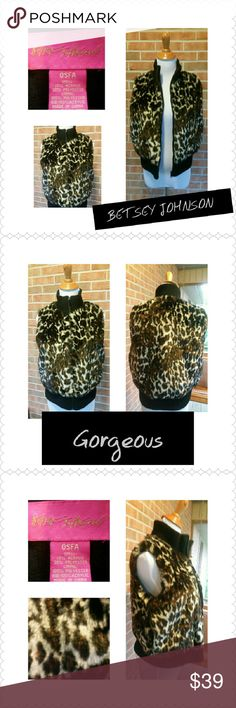BETSEY JOHNSON FAUX FUR VEST! ABSOLUTELY STUNNING! Very pretty in animal print! Size is OSFA...But this vest will fit small-medium....Super cute and very stylish! Betsey Johnson Jackets & Coats Vests