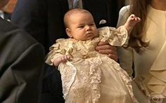 Filho do Príncipe William é batizado em Londres
