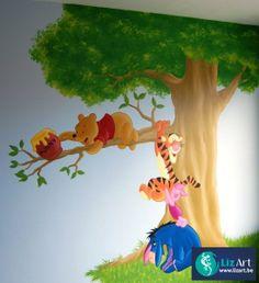 Winnie De Pooh figuren in een boom