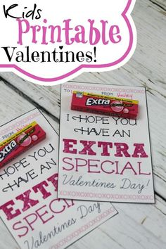 Kids Printable Valentines Using Extra Gum! - Kids Printable Valentines Using Extra Gum! Easy Valentine's Day Treats for Kids! Valentines Bricolage, Kinder Valentines, Valentines Day Treats, Valentine Special, Valentine Day Crafts, Happy Valentines Day, Valentine Ideas, Homemade Valentines, Printable Valentine
