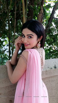 Adah Sharma Latest Hot Stills - Cinebuzz Bollywood Heroine, Beautiful Bollywood Actress, Beautiful Indian Actress, Beautiful Actresses, Hindi Actress, Tamil Actress Photos, Bollywood Photos, Bollywood Stars, Beautiful Girl Photo