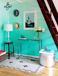 This is, by far, my favorite DIY project by the P.S. I Made This. They always knock it out of the park but this mint green ombre wall is next-level-awesome.